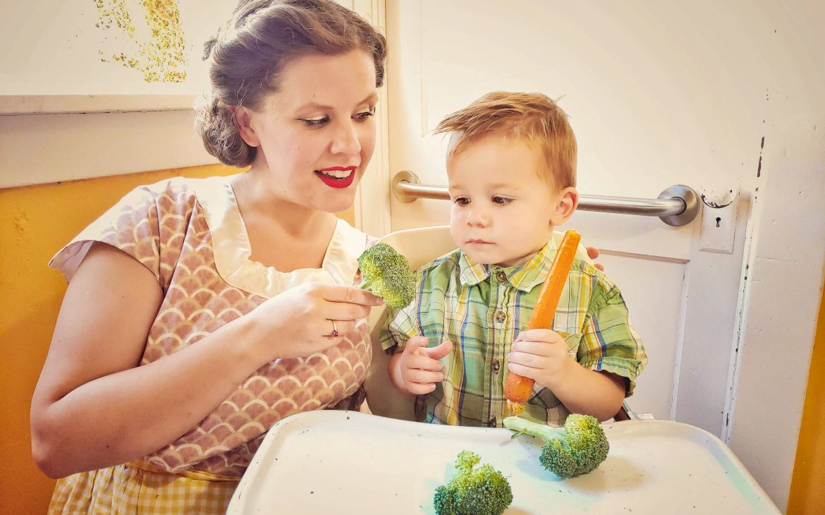 Three Easy Ways to Help Your Kids to Eat Healthier