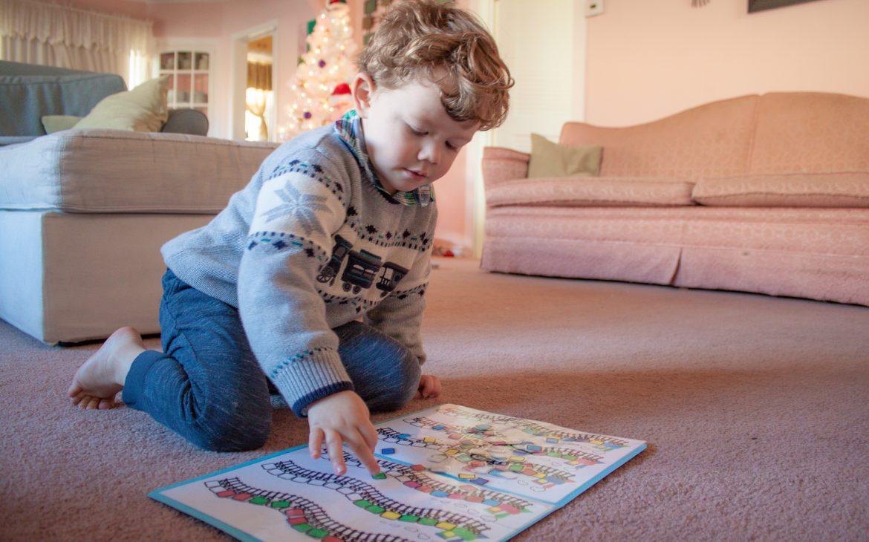 Pattern-building Train File Folder Game for Preschoolers